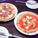 58904731 - マルゲリータ・ブーファラと オススメのピザ