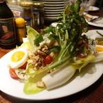煮こみや なりた - アンディーブのサラダ