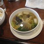 5891763 - 薬膳スープ