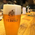 酒と三菜 菜々蔵 - ビールはエビス