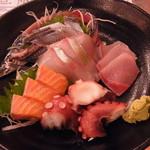 海鮮屋台おくまん - 海鮮おくまん5種(680円)