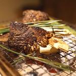 御料理 樋渡 - 松茸の炭火焼