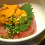 ローストキッチン - ウニ&黒毛和牛の小丼