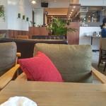 CAFÉ/BAR BSM - 店内1