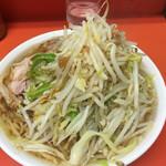 ラーメン二郎 - 小ヤサイカラメ