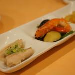 金龍閣 - 前菜三種(お袋のセレクトランチ)
