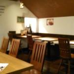 バンコクガーデン - [内観] 店内 テーブル席 ②