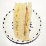 58936656 - サンドイッチ(サラダ&ハムチーズ)¥230