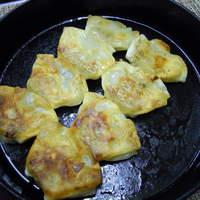杏仁坊 - 鉄鍋ギョーザ