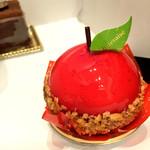 シャトレーゼ - りんごのケーキ(380円)
