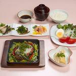 心地ダイニング奈々伊 - 和風ハンバーグディナーコース ¥2,500(税込み\2,700)