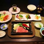 心地ダイニング奈々伊 - A5ランク千屋牛特上サーロインステーキディナーコース ¥8,000(外税)