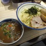麺屋 宮本 - 濃厚豚骨魚介味玉つけ麺
