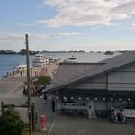 58954934 - 松島海岸の観光桟橋がすぐ下に見えます