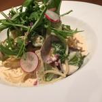 路地裏のShiki - アサリと白菜の明太クリームパスタ