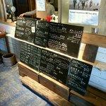 rub luck cafe - メニューは黒板で確認、先払い方式です