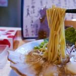 ミヤタヌードル - 平打ち麺