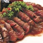 越中鮮魚居酒屋 かざくら - 赤身が旨い 馬肉レアステーキ