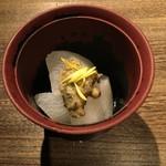 58965686 - 冷え冷えが美味しい ふろふき大根 (お通し) 2016/11/17