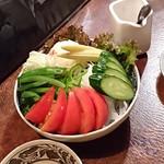 まんぎょく - 野菜の盛り合わせサラダ  880円