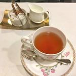 シェ・ソーマ - 食後のお茶。