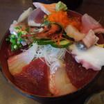 やまひこ鮨 - ランチの海鮮丼