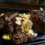 いきなりステーキ - アンガス牛肩ロースステーキを400gで。