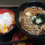 名代 富士そば - ミニカツ丼セット(650円)