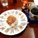 58991803 - ケーキセット(渋皮栗のモンブランとアイスコーヒー)