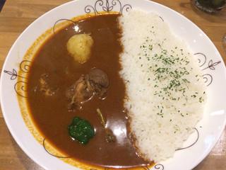 Spice Curry カリカリ - スリランカ風カレー(880円)