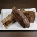 GYAKUNI月島 - 豚鹿羊のロースト塊肉