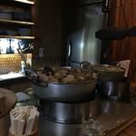 竹の館 - おでん鍋の前の席は特等席