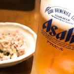 ちょっぽのこ - ドリンク写真:生ビールとお通しのオカラ