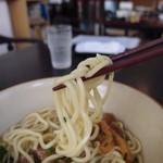 磯 - ツルツルで腰の有る麺