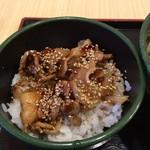 ゆで太郎 - ミニ豚丼