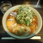 文殊 - 春菊そば ¥380- 卵はサービス