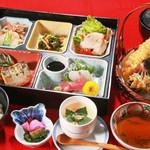 旬味和膳 季乃庄 - 竹弁当 1800円