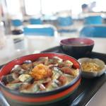 Suzukishokudou - 料理写真:生さんま丼