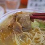 中華そば 高安 - スジラーメンのスジ肉