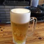 味の羊ヶ丘 - 生ビール(ジョッキ)、520円