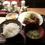 やまや - 豚の生姜焼き定食1000円