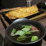 鉄板焼 Mangetsu - 満月焼の出汁