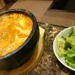 焼肉 コチカル -        石焼豆腐チゲ