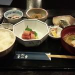 59021492 - まぐろ納豆朝定食 630円
