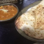 インド料理 シャティ - 野菜のカレーとナン(2回目訪問時撮影)