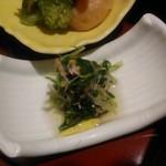 美濃吉 - [料理] 京弁当 下段 三つ葉の煮浸し アップ♪w