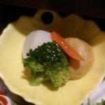 美濃吉 - [料理] 京弁当 下段 野菜の煮物椀 アップ♪w