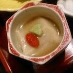 美濃吉 - [料理] 京弁当 下段 胡麻豆腐 アップ♪w