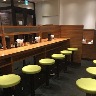はなまるうどん 新宿東口モア街店 - 2016年11月