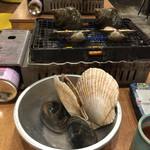 磯丸水産 - 活貝焼き【大盛】活貝盛り合わせ  ¥1,988